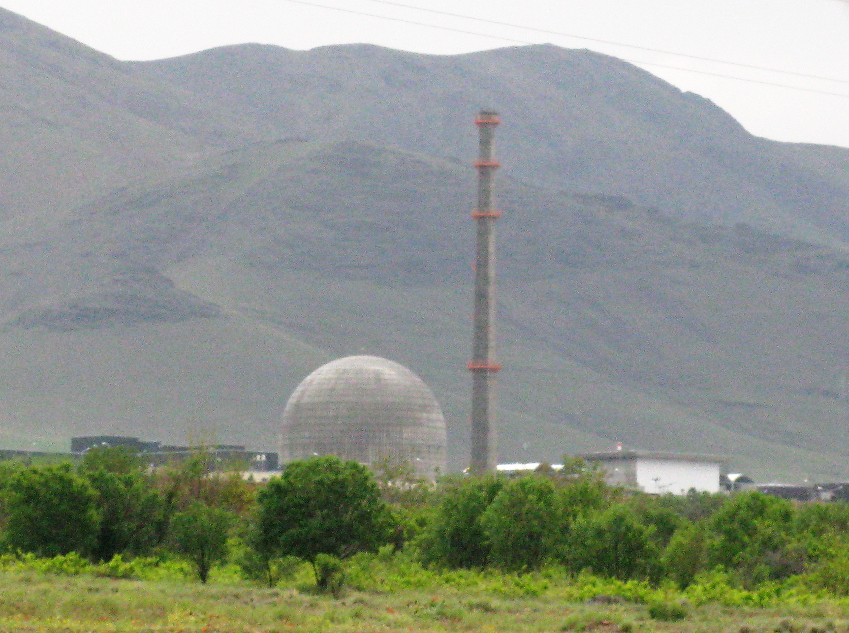 Arak_heavy_water_reactor2