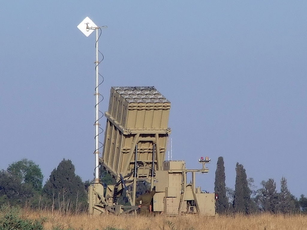 Israele installa due batterie Iron Dome a nord